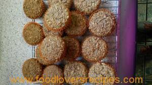 piesang en neut muffins