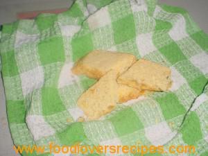 2014-06-24-suikermieliepotbrood